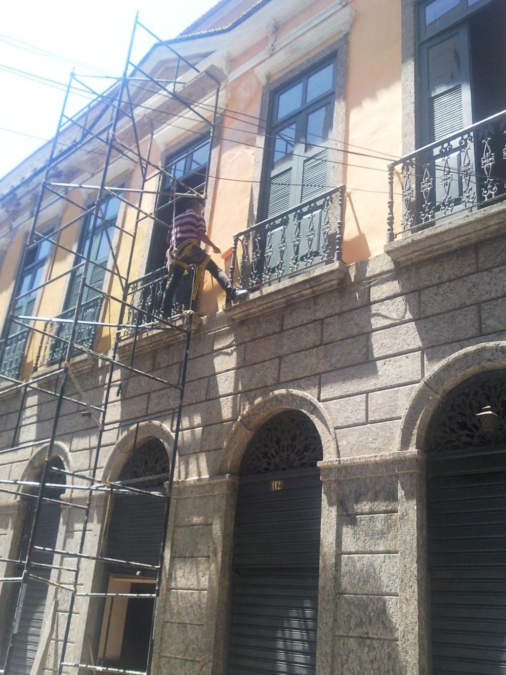 Restaurante - pintura externa